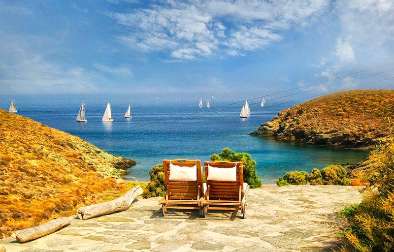 Amelia: Beachfront relaxation as never experienced, alquiler vacacional en Melissaki
