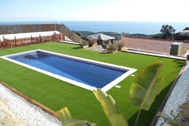Sant Iscle de Vallalta Villa Sleeps 6 with Pool Air Con and Free WiFi - 5509518, alquiler de vacaciones en Arenys de Mar