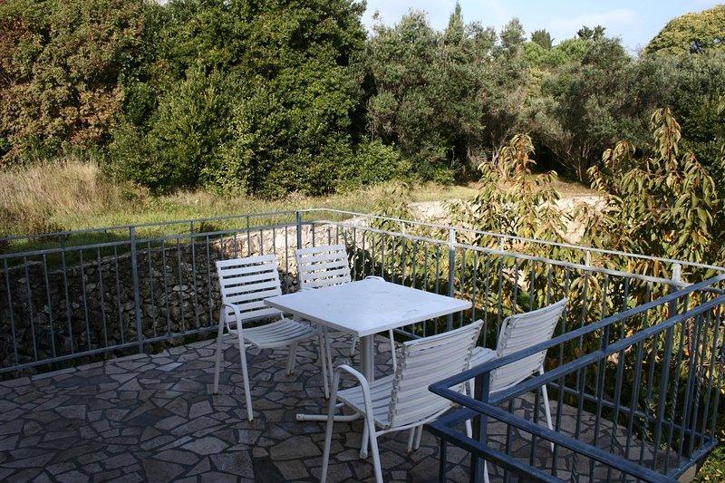 Nerezine Apartment Sleeps 3 with Air Con - 5460785, vacation rental in Nerezine