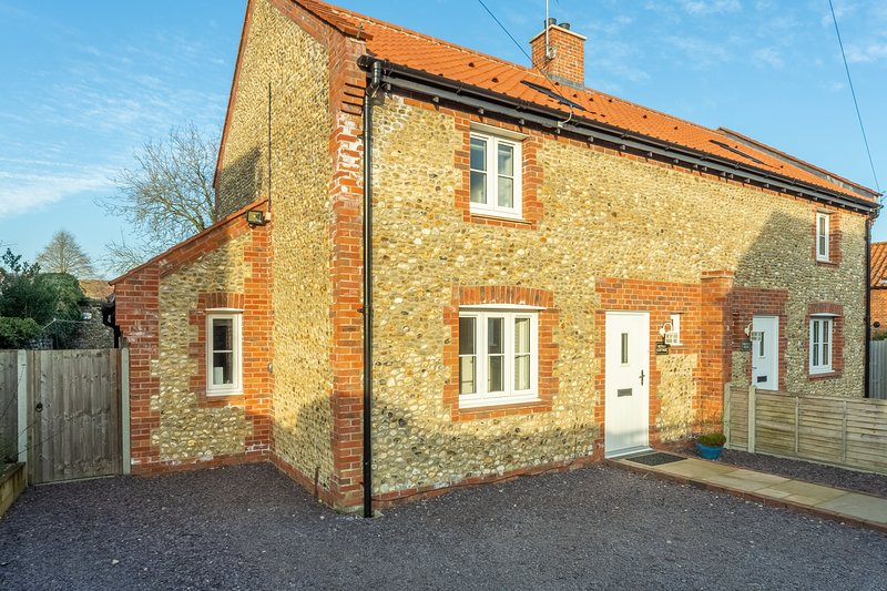 Victory Cottage, holiday rental in Walsingham