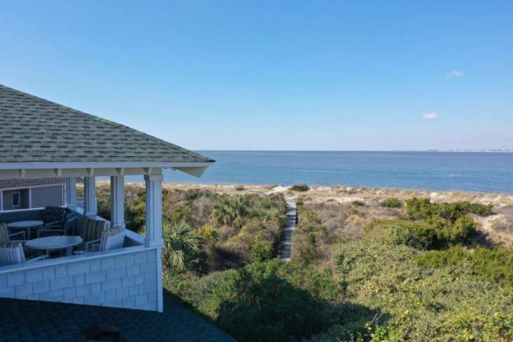 Beachfront, BHI & Shoals Club, Golf, 3 Owner Suites, Fantastic Views of Ocean, S, location de vacances à Bald Head Island