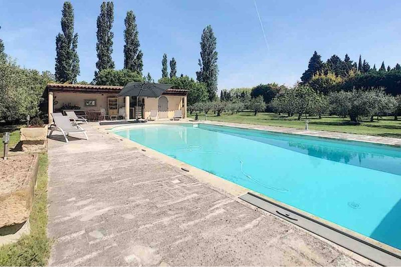 Amazing villa with swimming-pool, vacation rental in Molleges