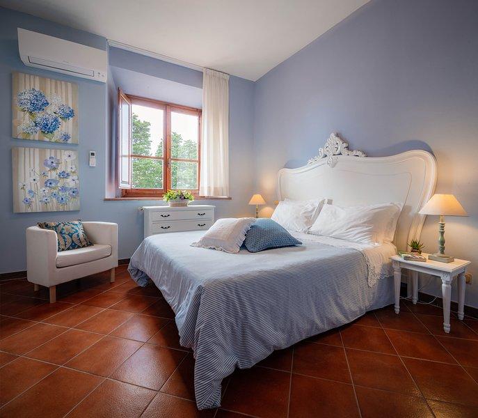 Apartament in the florentine Hills, holiday rental in Pratolino