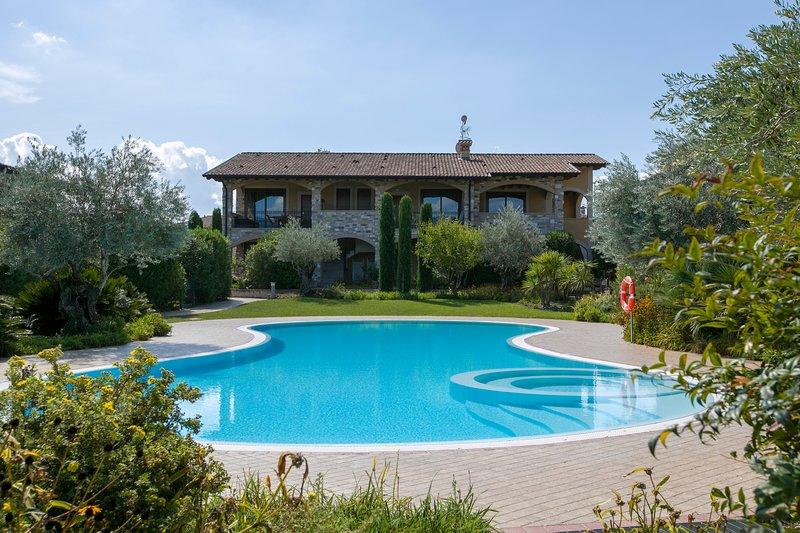 Casa Valtenesi, location de vacances à Prevalle