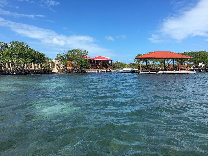 Cindiri Beach Belize - Private Island Cabanas, holiday rental in Dangriga