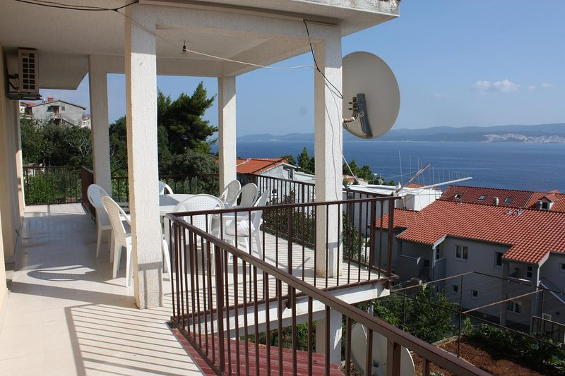 Stanici Apartment Sleeps 8 with Air Con - 5470164, holiday rental in Stanici
