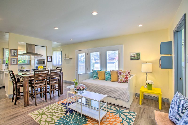 NEW! Eclectic Home w/ Office - 8 Miles to Uptown!, holiday rental in Saint Rose
