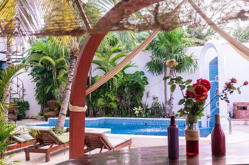 Espectacular villa, paraíso caribeño con piscina privada., holiday rental in Nuevo Xcan