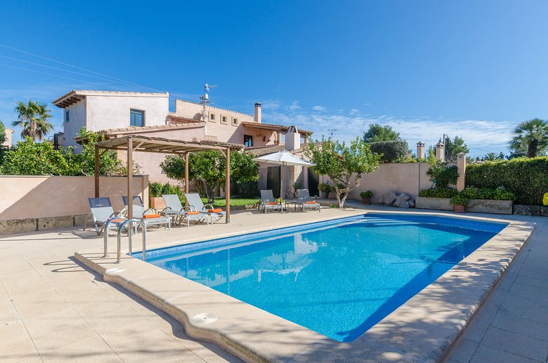 PULA VIÑAS - Villa for 7 people in Son Servera, vacation rental in Costa De Los Pinos