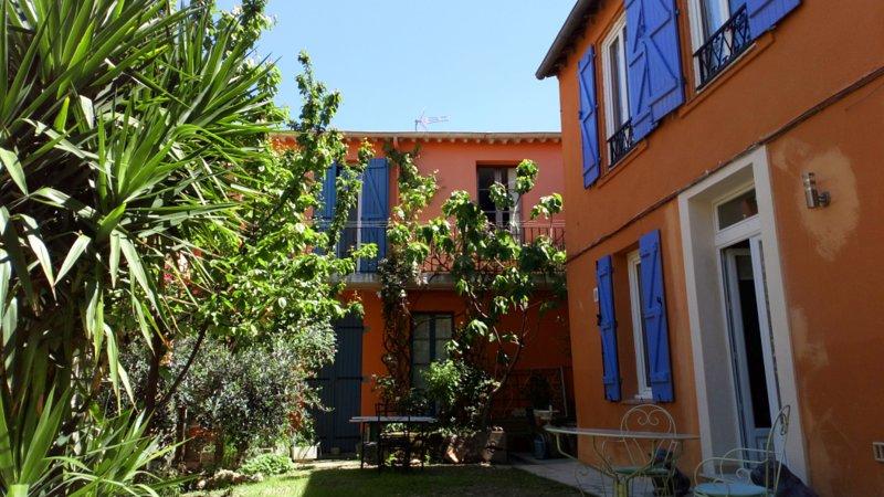 Maison calme 3* centre historique de Béziers, holiday rental in Beziers