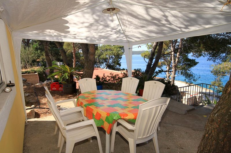 Sali Apartment Sleeps 5 - 5459330, holiday rental in Kornati Islands National Park