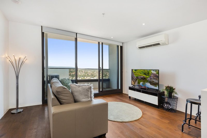 One-Bed Apartment with Parking, Pool, Gym and Trams – semesterbostad i St Kilda East