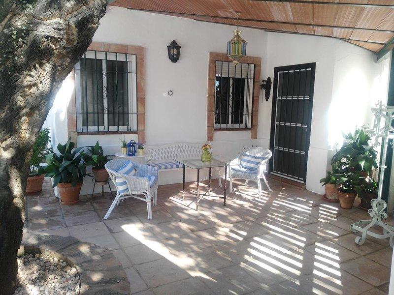 Nice house in Córdoba & Wifi, aluguéis de temporada em Las Jaras