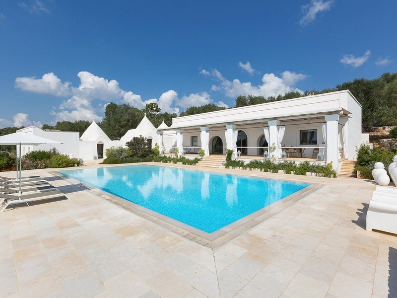 Grieco Villa Sleeps 12 with Pool Air Con and WiFi - 5828614 – semesterbostad i Chiobbica