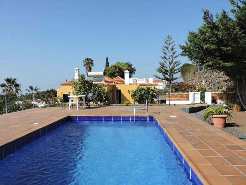 Casa Mar · Sea House, en Tijarafe, holiday rental in El Jesus
