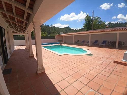 Amazing villa with swimming-pool, holiday rental in Vila de Rei