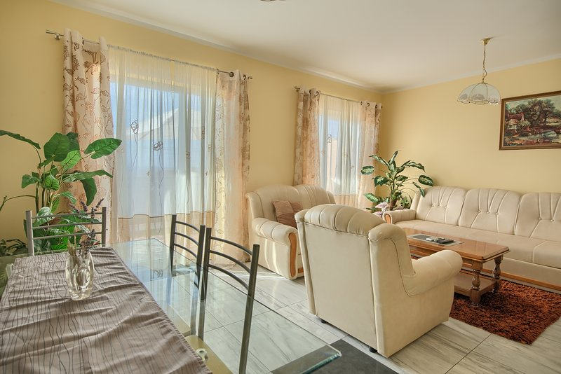 Lovely Apartment Kika with Sea view, vacation rental in Krk