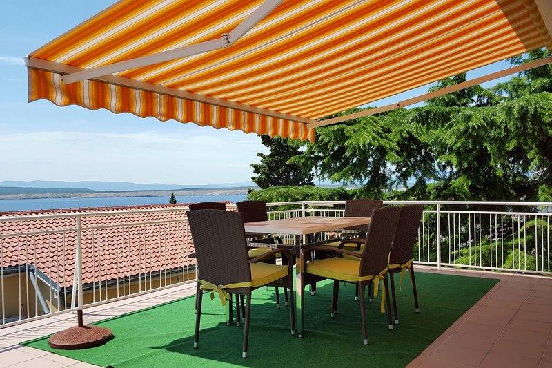 Dramalj Apartment Sleeps 6 with Air Con - 5460635, location de vacances à Dramalj