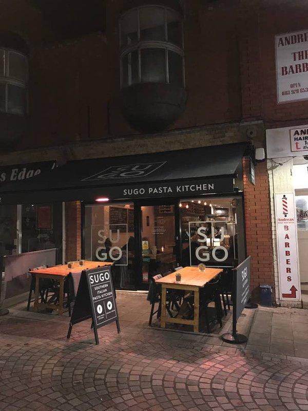Beaucoup de restaurants à Altrincham à quelques pas