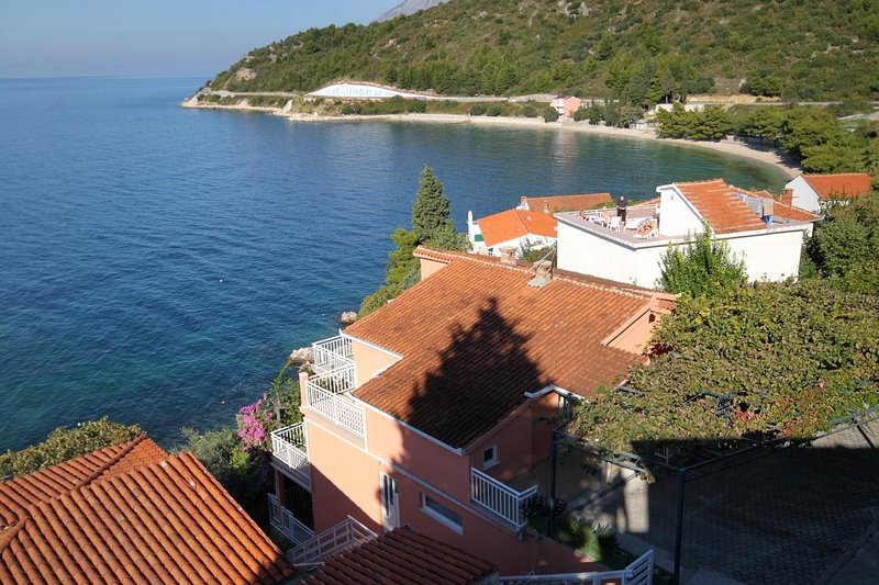 Mala Apartment Sleeps 4 with Air Con - 5461055, holiday rental in Podaca