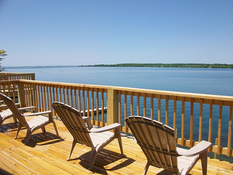 St. Lawrence River retreat cottage #12, holiday rental in Sackets Harbor