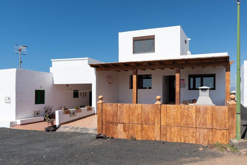 Casa Mar. La Santa. Casa completa con inmejorables vistas, holiday rental in Soo