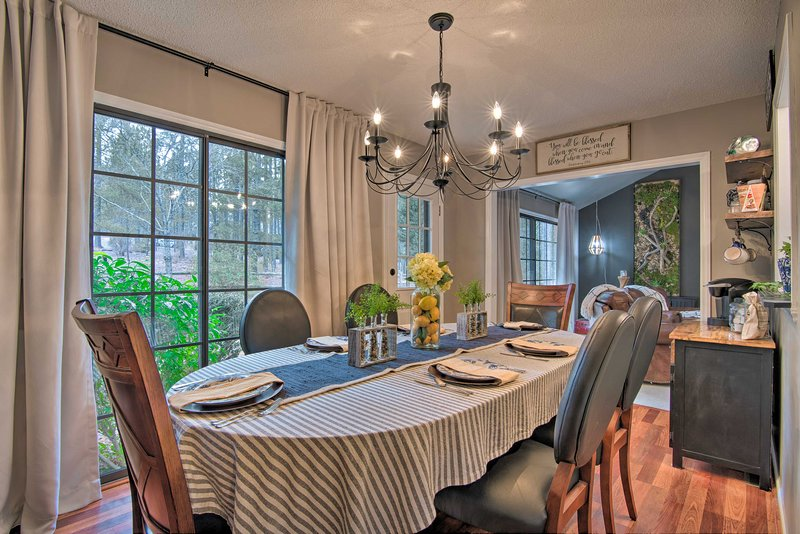After a long day of golfing, have a home-cooked meal at this vacation rental!