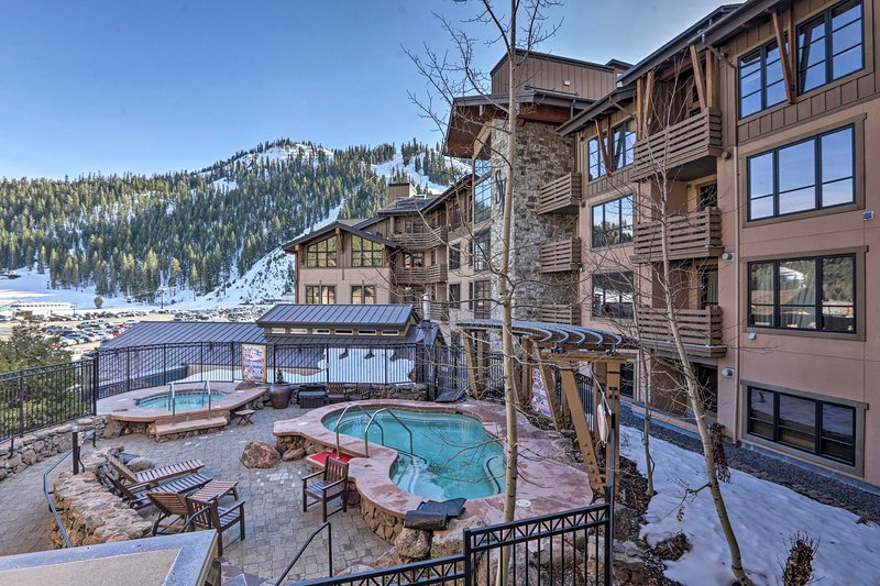 NEW! Resort Condo - Ski-In/Ski-Out to Squaw Valley Chalet in Squaw Valley