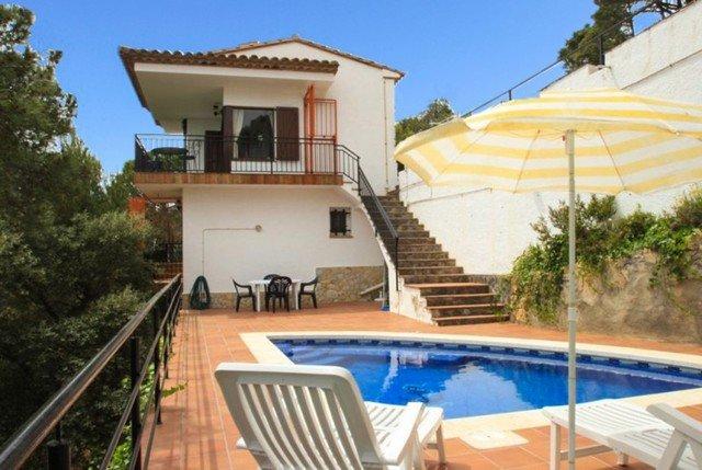 Sant Feliu de Guixols Villa Sleeps 6 with Pool - 5509545, casa vacanza a Sant Feliu de Boada
