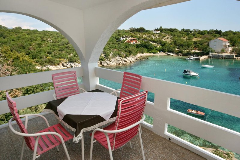 Stanisce Apartment Sleeps 4 with Pool and Air Con - 5465899, location de vacances à Potocnica