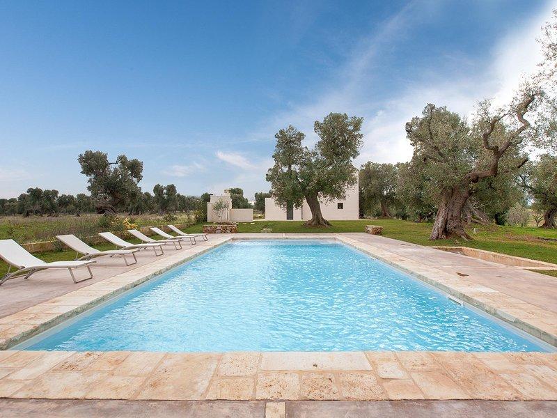 Diana Marina Villa Sleeps 4 with Pool Air Con and WiFi - 5248090, alquiler vacacional en Villanova