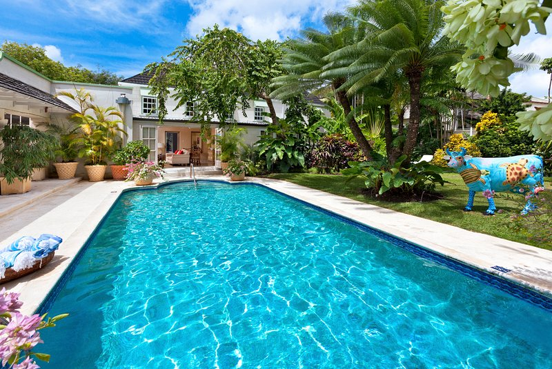 Little Battaleys Villa Sleeps 10 with Pool and Air Con - 5217660, casa vacanza a Little Battaleys