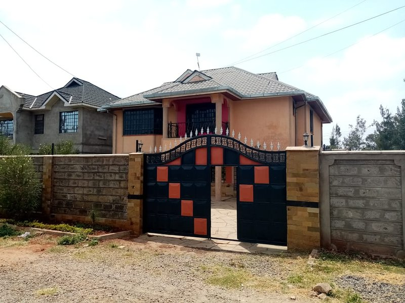 Hawie Classic Homestay near JKIA & SGR, holiday rental in Mlolongo