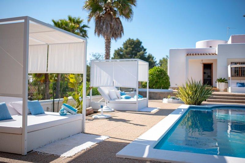 Villa Can Americano, piscina, Wi-Fi, aluguéis de temporada em San Rafael