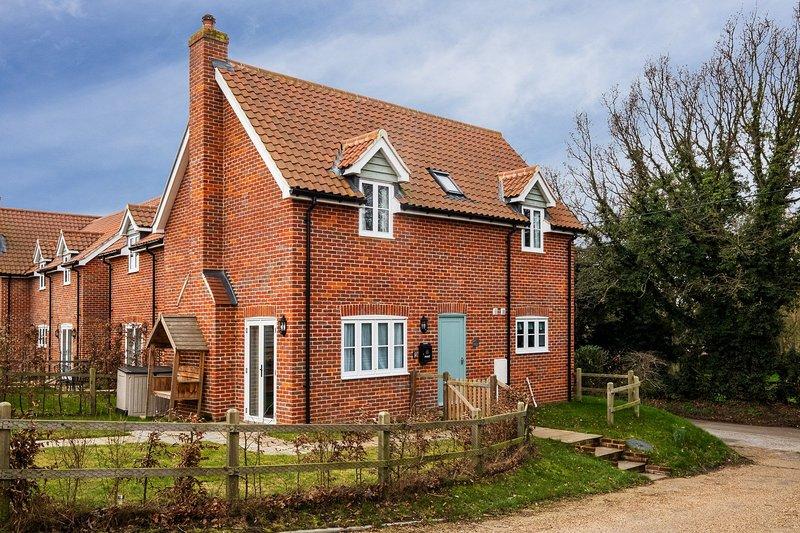 1 Roseanna Cottage, Ferienwohnung in Theberton