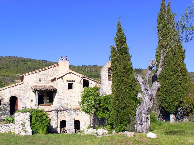 Abbaye Saint-May, aluguéis de temporada em Sahune