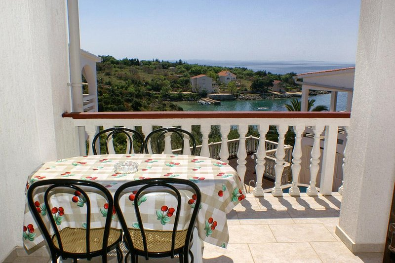 Stanisce Apartment Sleeps 5 with Air Con - 5462222, vacation rental in Potocnica