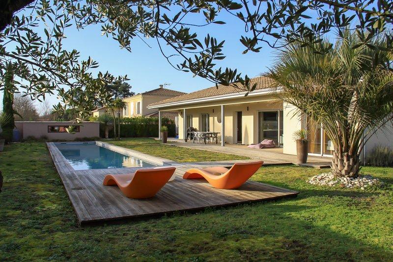 Maison à Leognan, holiday rental in Canejan