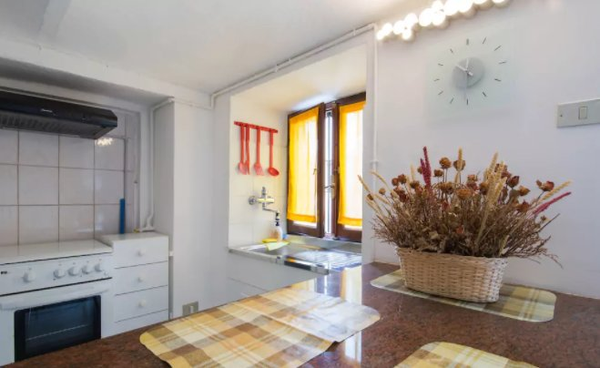 Beautiful apartment in Asti, casa vacanza a Scurzolengo