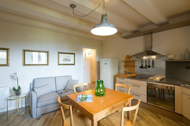 Nice apartment in Lastra a Signa, vacation rental in Signa