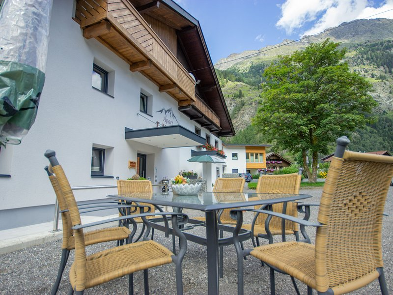 Apart Letta Tirol, vacation rental in Huben
