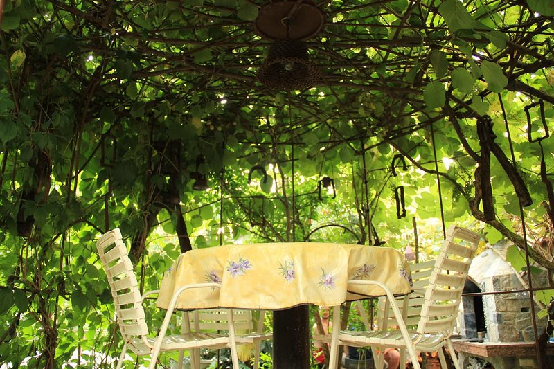 Malinska Apartment Sleeps 2 with Air Con - 5464158, holiday rental in Milcetici
