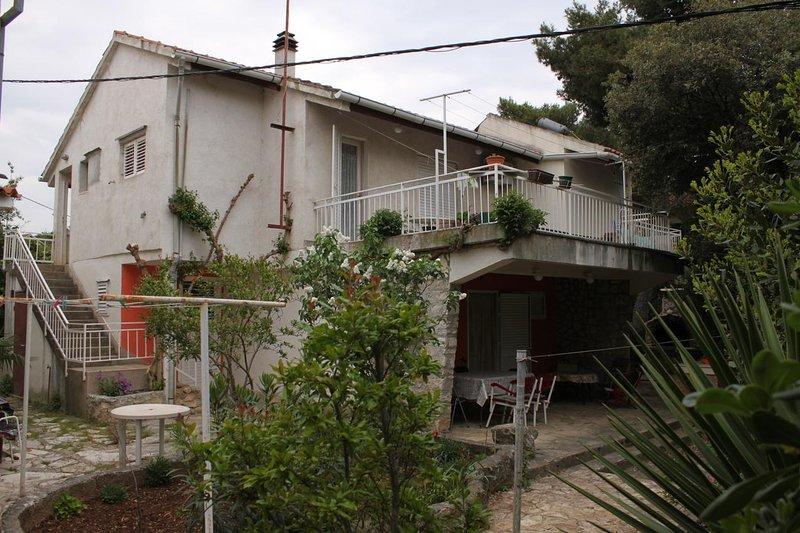 Jadrija Apartment Sleeps 5 - 5465418, vacation rental in Jadrija