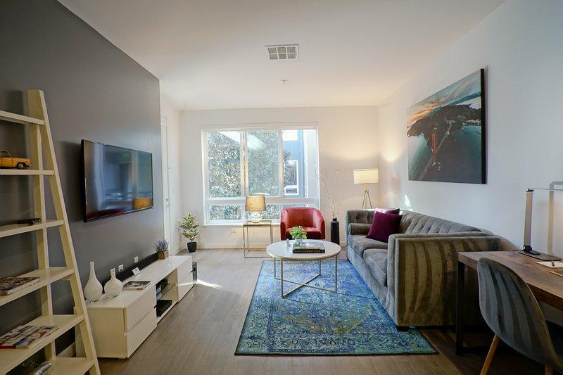 Urban Flat | Fresh & Clean | Modern & Spacious, holiday rental in Milpitas