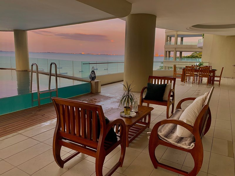 11.000 SQFT Condo with private pool, vacation rental in Sungai Petani
