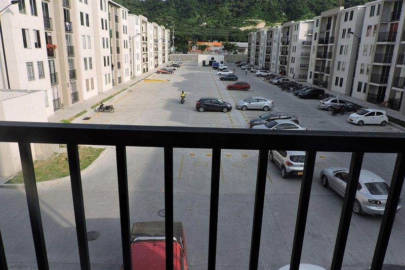New 2 bedroom apartment with mountain view, alquiler de vacaciones en Santa Marta