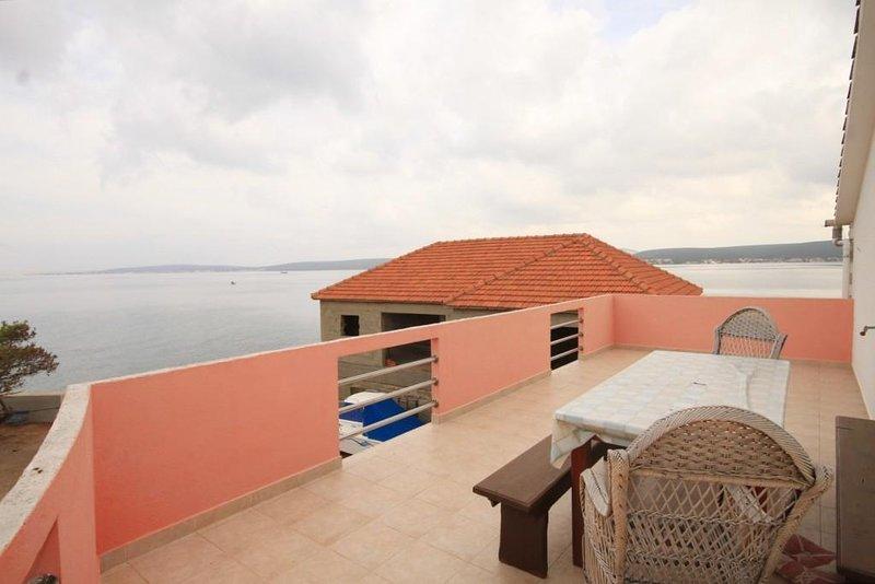 Cimera Apartment Sleeps 6 - 5468523, holiday rental in Nevidane