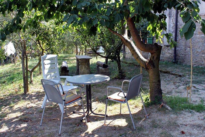 Groznjan Apartment Sleeps 3 - 5466872, alquiler de vacaciones en Groznjan