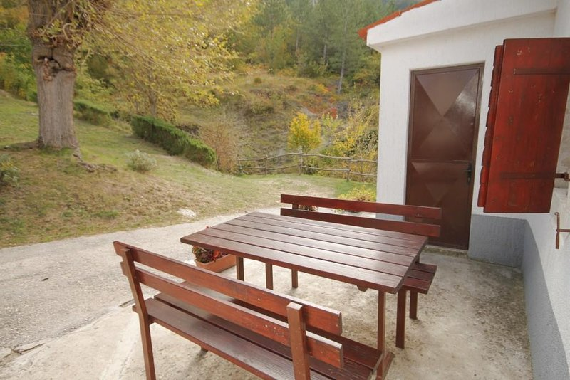 Kozljak Apartment Sleeps 4 - 5467246, location de vacances à Vozilici