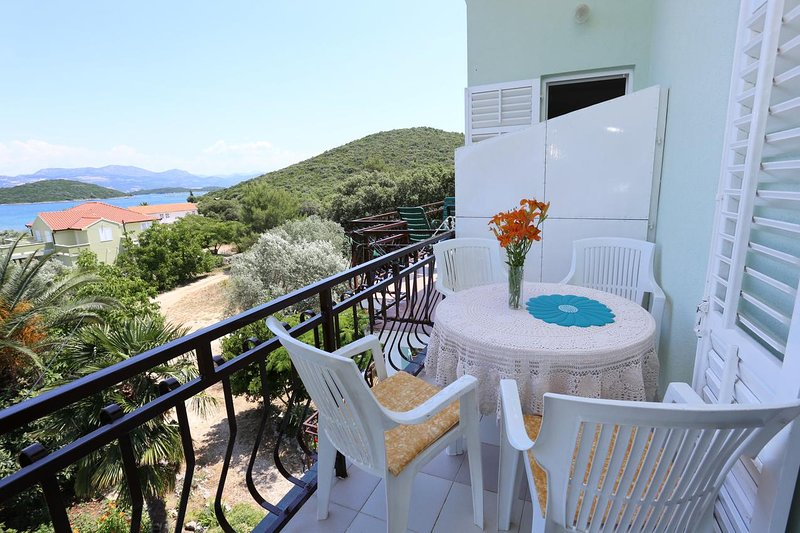 Drace Apartment Sleeps 4 - 5470027, holiday rental in Drace